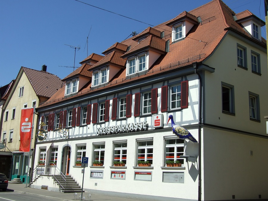 14-01 Kreissparkasse-Filliale-2